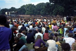 Stones in The Park 2nd September 1969 Half a million people gathered in Hyde Park to pay homage to the pop group described as the greatest rock 'n' roll band in the world. They were the Rolling Stones. The Stones in the Park is a vivid record of this momentous occasion. Box254 [Negs Misc] Copyright Granada Television