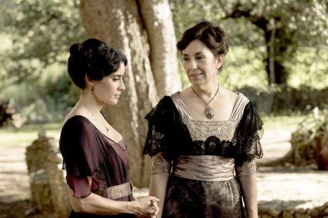 Paola Nunez as Maria Garcia; group - The Son _ Season 1, Episode 1 - Photo Credit: Van Redin/AMC