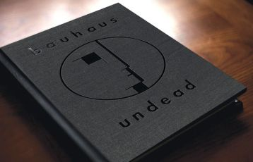 BAUHAUS UNDEAD00003