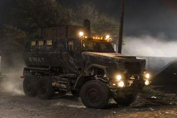 - Fear the Walking Dead _ Season 4, Episode 1 - Photo Credit: Richard Foreman, Jr/AMC