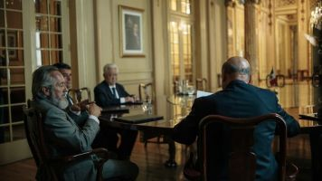 FOX Premium - AQUI EN LA TIERRA - Episodio 1 (17)