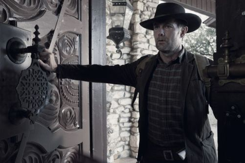 Garret Dillahunt as John Dorie- Fear the Walking Dead _ Season 4, Episode 9 - Photo Credit: Ryan Green/AMC
